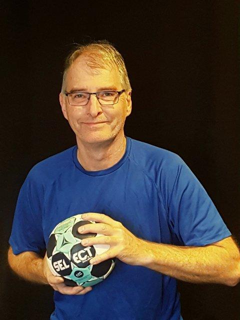 NY I HK RYGGE: Per Baastad Lie (60) er HK Rygges nye dametrener, og har som mål å ivareta enkeltspilleren samt føre klubben til opprykk innen to år.