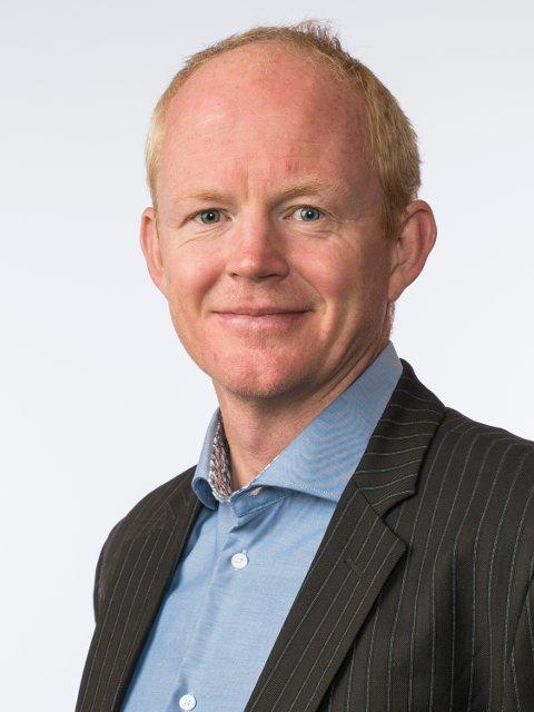 Lars Haltbrekken (SV) skal til Namdalen blant annet for å diskutere helikopterlandingsplass.