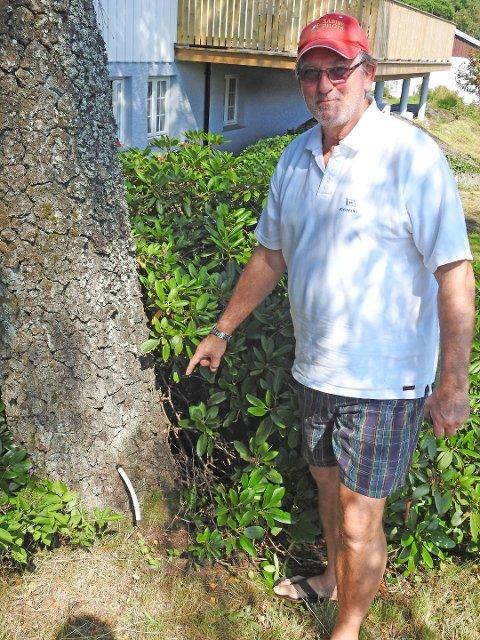 Jan Erik Christoffersen på Tjøme anser saken i hagen sin som miljøkriminalitet.