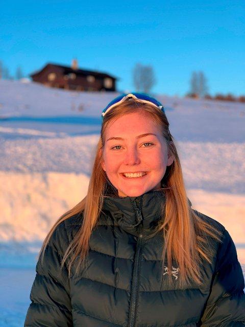 Ida Killi Randen er russepresident for årets russ ved Nord-Gudbrandsdal vidaregåande skule avdeling Otta. Foto: Privat
