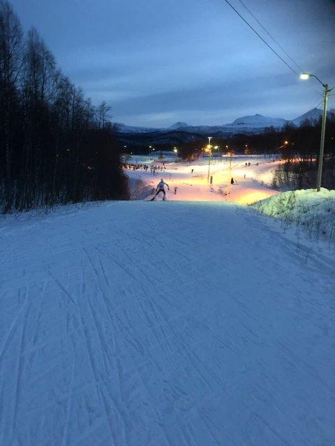 SNØ: Slik ser det ut bare to 13 mil fra Tromsø.
