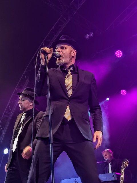 VAZELINA-VOKALISTEN: Kjetil Foseid har de siste knappe 15 årene vært vokalist i Vazelina Bilopphøggers.