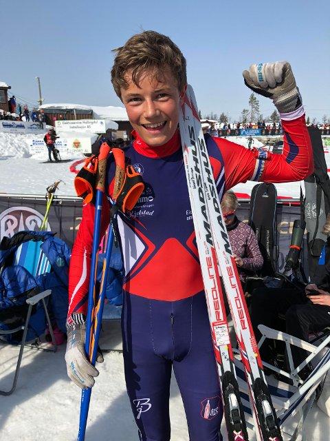 Håvard Tosterud fra ØTS vant fllesstarten i gutter 14 år på Liatoppen. Foto: Privat