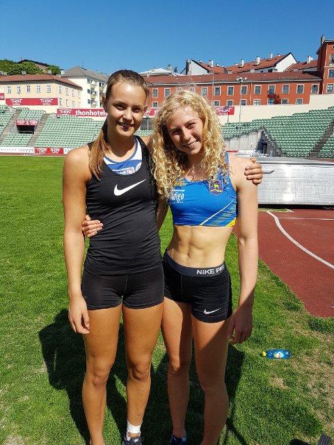 Hedda Marie Kjølberg Hauge (t.h.) sammen med Birgitte Kjuus som vant U18/19-klassen med 3.91.