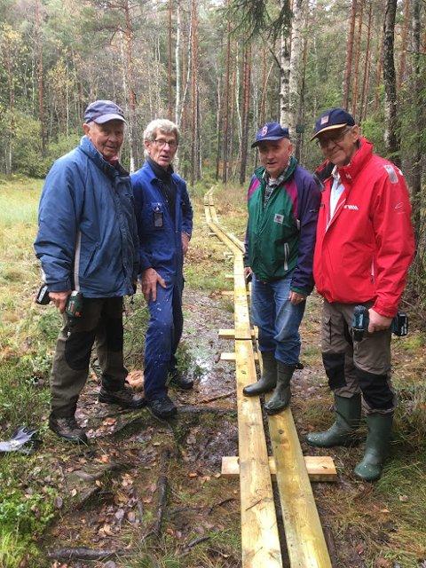 DUGNADSGJENG:  Fra venstre Per Saltvik, Jan Svendsen, Ragnar og Erik.