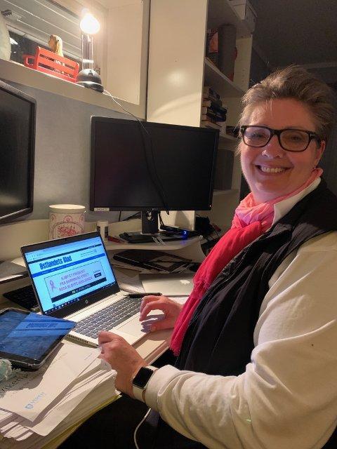RETT FRA MØTET: Hanne Opdan er da dette bildet ble tatt akkurat ferdig med det digitale hastemøtet med helseministeren.