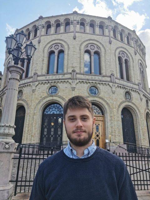 KRITISK: Tryslingen Jesper Nohr (Sp) er kritisk til at regjeringen vil nekte fylker å bruke nærskoleprinsippet i opptak til videregående skole.