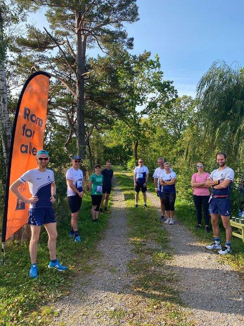 Caspar Rieber-Mohn nådde målet om 73,3 kilometer løp rundt eget hjem på Holtekjær  i helga, men han var langt fra alene. En gjeng stilte på ulike distanser.