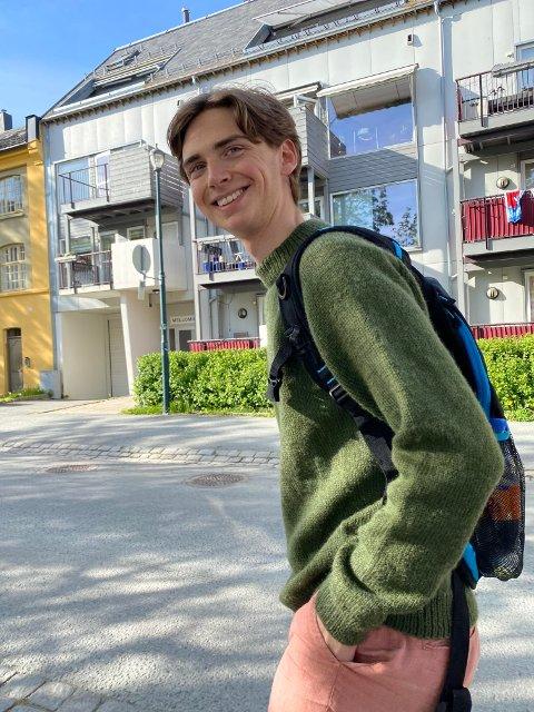 Raksting: Kristian Løvland (24) kommer fra en liten gård ved Holøsåsen. Nå gjør han suksess i Trondheim.