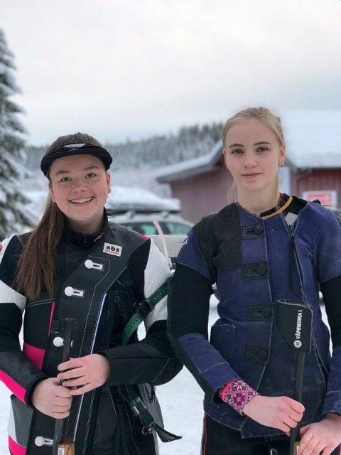 Mette Strandlien i junior og Oda Flikkerud i Eldre rekrutt skjøt svært bra under Romjulstreffen.