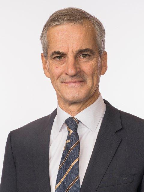 1. mai: Jonas Gahr Støre deltar på morgensendingen til Innlandet Arbeiderparti.