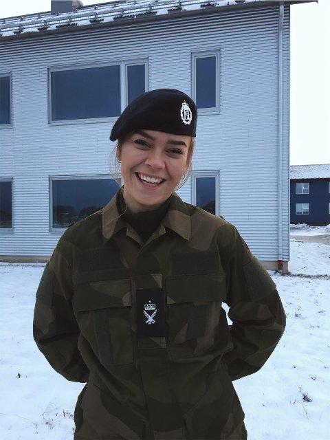 Aurora Schulze Sæther (19) er i forsvaret.