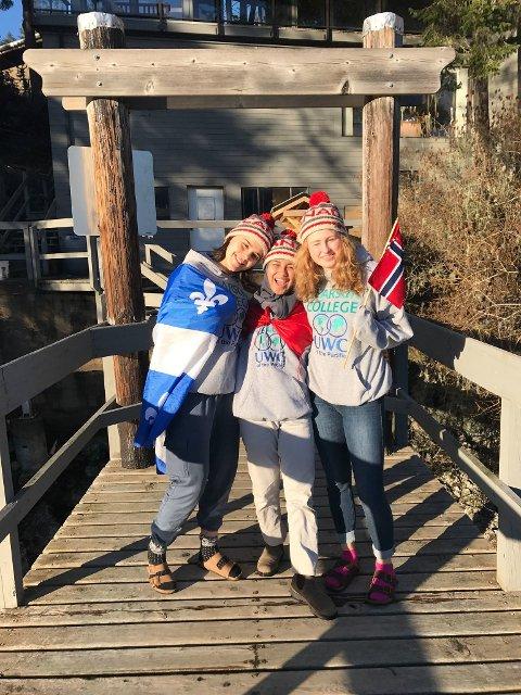 Romkameratene til Tuva kommer både fra Canada og Indonesia (Tuva til høyre)