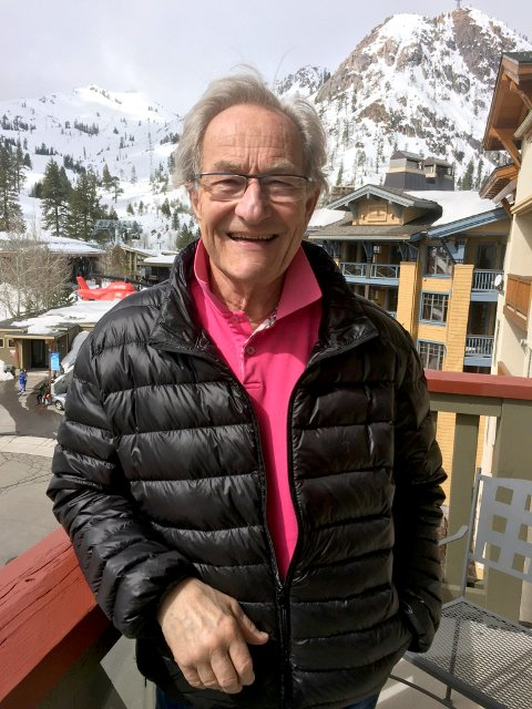 GLAD: En glad Harald Lystad takker BLF fra et snørikt California.