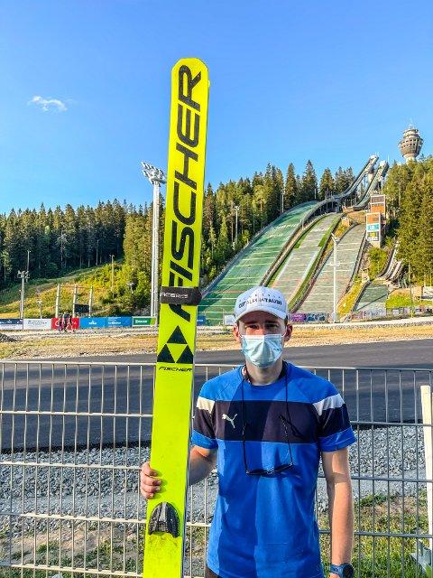 I FINLAND: Sølve Jokerud Strand fra Sokna debuterte internasjonalt i hoppbakken med finaleplass i COC-cupen på plast finske Kuopio.