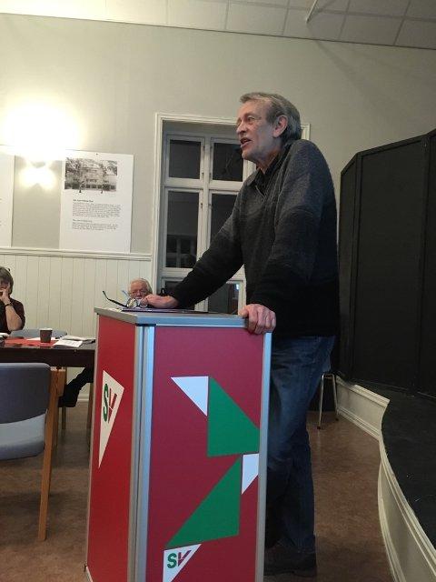 LETT JOBB: Valgkomitéens leder Trygve Lampe la fram forslaget, og sa det hadde vært en enkel jobb, da mange er villige til å stille seg på lista.