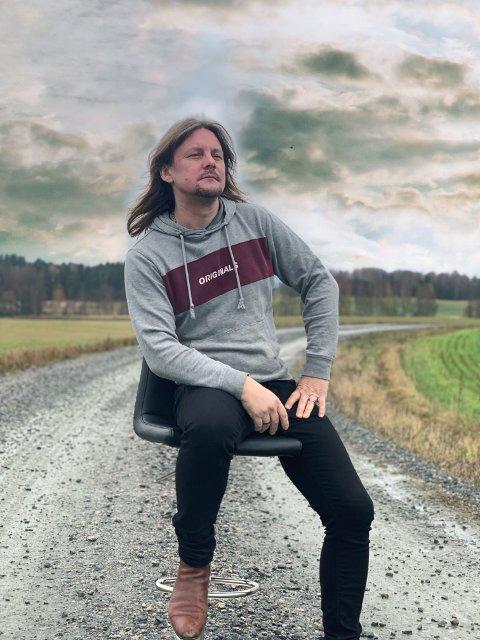 Frode Johansen fra Jessheim slipper låt om ensomhet førstkommende fredag.