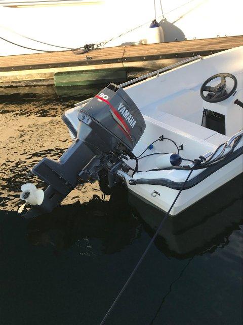 STJÅLET: Denne fritidsbåten er fortsatt på avveie etter det frekke tyveriet på NJB.