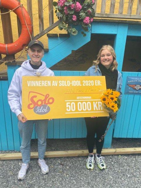 Marcel Dinardi(19) fra Sandefjord og Anne Marte Kuijpers Jørgensen(16) fra Larvik vant Solo-Idol med sin tolkning av Solo-låten «I go Solo»