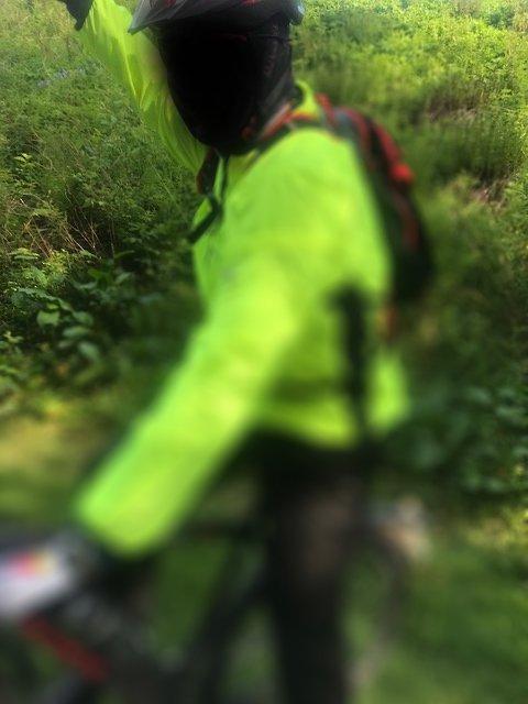SINT: Syklisten er gjort ugjenkjennelig grunnet hensyn til personvernet.