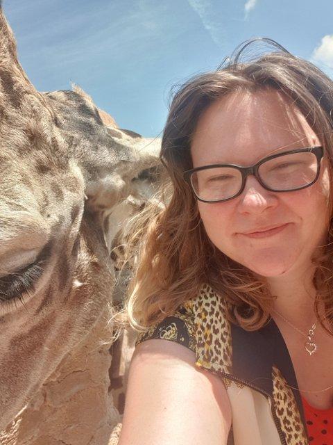 Meg og en alkoholfri venn, skriver Anne-Belinda Hjelteig.