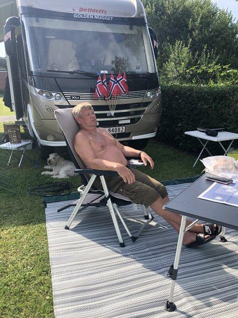 Nyter: Terje Aarhus (66) koser seg på tur.