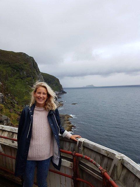 HEIMLENGT: Rebekka Louise Armstrong Fretheim flyttar heim etter å ha budd nokre år i Bergen og Trondheim.  Flåmingen har master i entreprenørskap, innovasjon og samfunn frå NTNU. Etter utdanninga jobba ho som prosjektleiar i Nasjonalparken næringshage i Oppdal før ho byrja ved HVL i Bergen.