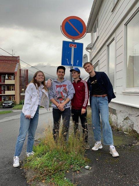 Solabu Tor-Arne Vikingstad sammen med resten av bandet. Etter en tid uten ny musikk er de nå klare med andre singel fra det kommende albumet.