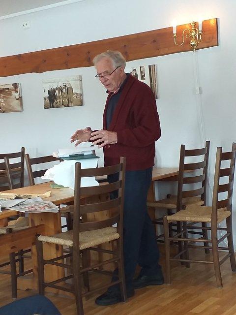Knut Vadla hadde engasjert kåseri om krigen og frigjeringsdagen.