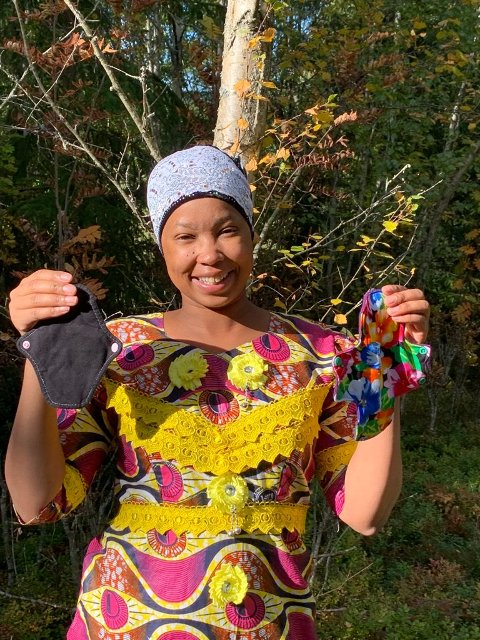 Alle som blir kjent med Aisha Bigseth (32) blir begeistret for henne. Det er mange hundre damer i Norge som har sydd - og syr, bind til henne. Tøybind som Aisha bringer videre til jenter i Burundi.