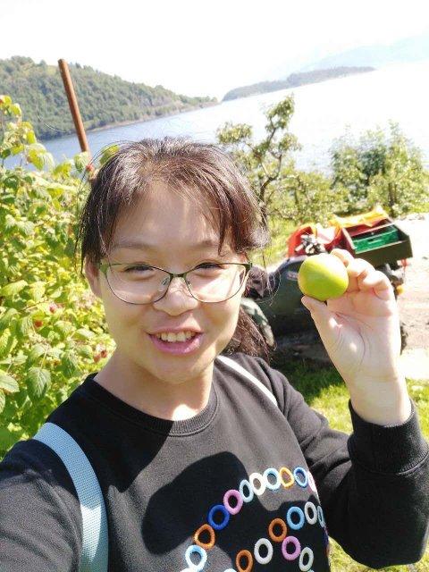 KINAGUIDE JIANG: Wenwen Jiang er en kinesisk guide bosatt i Oslo. 13. oktober kommer hun til Telemark for å se om vi har attraksjoner som kan lokke kinesiske turister hit.