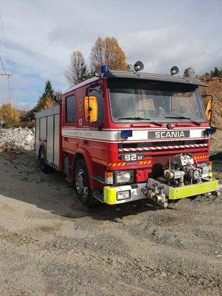 KAN BLI DIN: Denne brannbilen selges til folk som klarer å hoste opp 70 000 kroner.