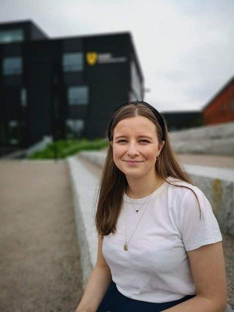 SPØRSMÅLSSTILLER: Karoline Aarvold er opptatt av rasismeproblematikken og vil ha svar.