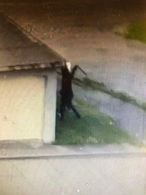 VIDEO AV RANET: Politiet skal ha en video som viser deler av ranet som skjedde på Gimsøy 3. juni i år.