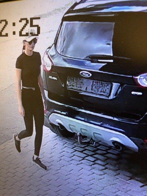 STJAL DRIVSTOFF: Damen fylte drivstoff på YX Siljan uten å betale for det. Foto: Privat.