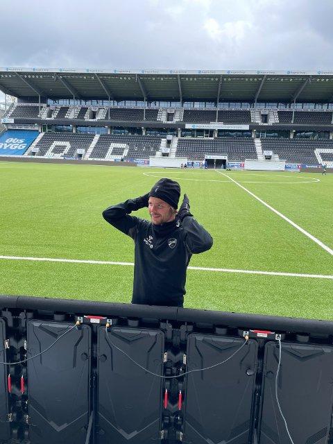 """""""KARANTENE-SVENDSEN"""": Sander Svendsen nyter livet i Skien, til tross for at over halvparten av dagene hans her i 2021 har vært i karantene."""