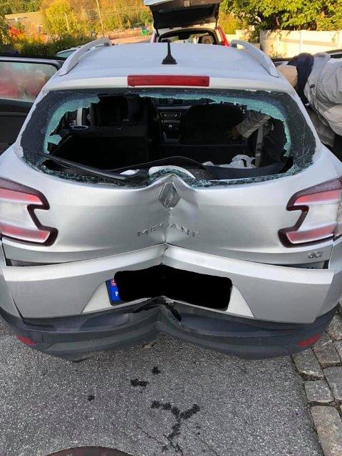 TRIST SYN: Slik så bilen ut da politiet fant den igjen.