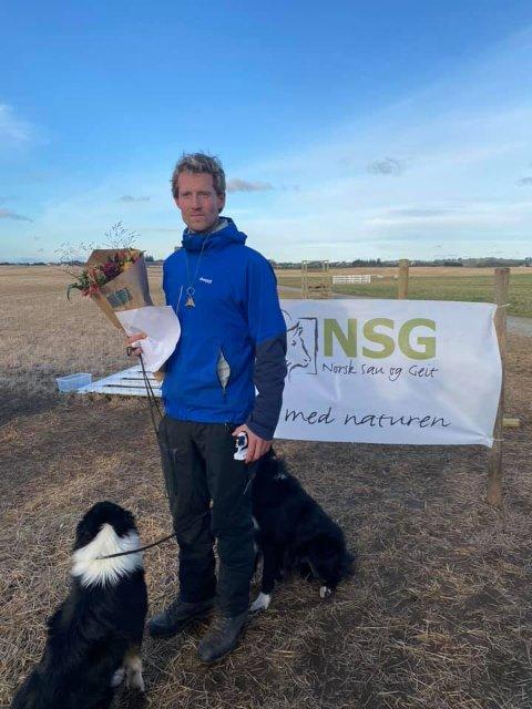 GODE PLASSERINGER: Petter Landfald fra Verdal anslår at han var en bom unna andreplassen, men sier seg fornøyd med prestasjonene i NM i bruk av gjeterhund.