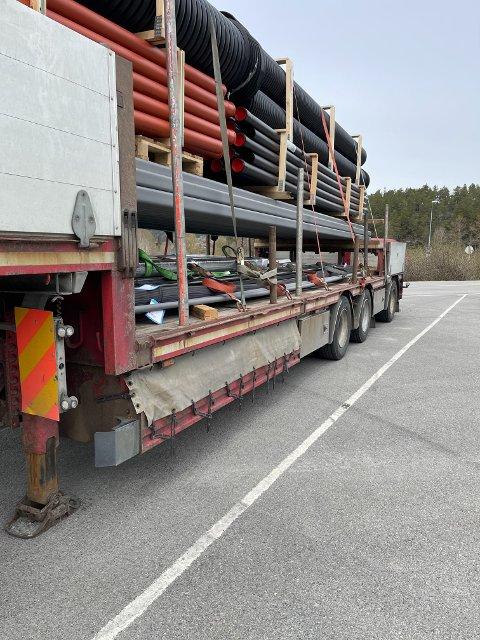 OVERLAST: Foretaket bak dette kjøretøyet ble ilagt et gebyr på kr. 4.250 for overlast etter kontrollen onsdag.