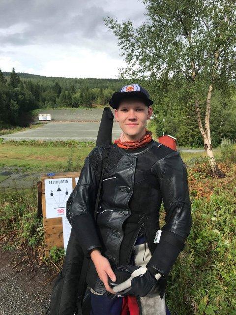 Lars Kristian Solheim er et skritt nærmere målet på Landskytterstevnet.