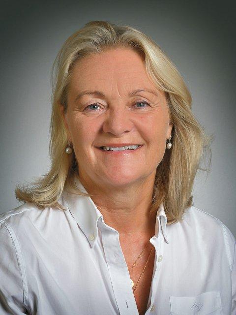 Ellen Apall-Olsen Asplin startet Vipps-rush til Elin Haugstoga.