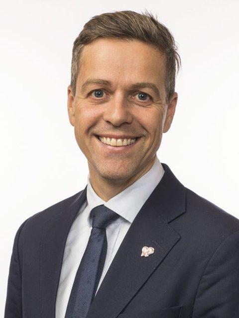 Samferdselsminister  Knut Arild Hareide.