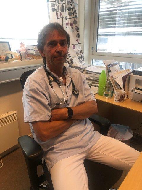 Kommuneoverlege Arild Jacobsen er lettet over at ingen flere ble smittet i utbruddet. Foto:Arkiv