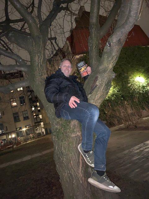 Grøss: Handlinga i krimromanen Øyenstikker foregår ulike steder i Valdres. (Foto; Kajsa Dammann)