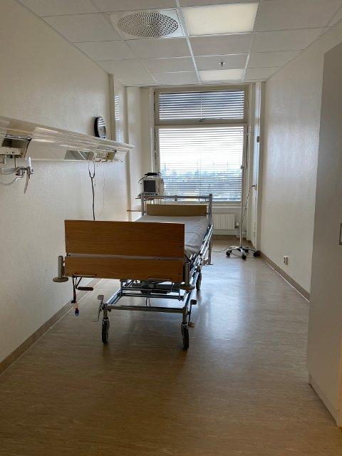 Isolat: Slik ser et isolatrom ut ved det ekstraordinære smittemottaket ved sykehuset på Gjøvik.