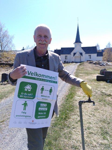 Smittevern: Prost Carl Philip Weisser ønsker vel møtt til trygge gudstjenester i Valdres og minner om bruk av hansker når vannet i kranene på kirkegården er skrudd på.
