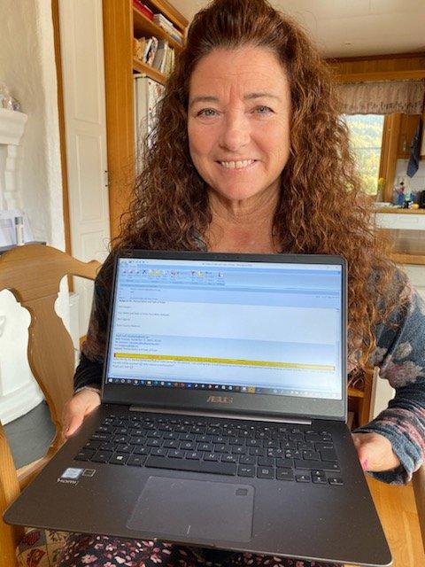 Har stemt: Kelli Haugen i Lomen har forhåndsstemt ved valget i USA. Hun håper på et skifte.