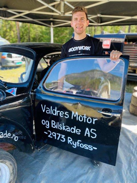 Til topps: I sin svarte Volkswagen boble cruiset Petter Leirhol (26) fra Slidre inn til seier, og havnet dermed øverst på pallen i åpen klasse.