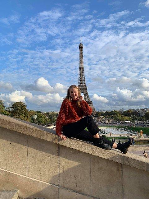 TOUR DE FRANCE: Før koronapandemien var det lett å ta seg en helgetur til Paris, noe Emma gjorde flere ganger.