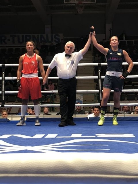 Fornøyd: Vestbyjenta, Madeleine Angelsen vant sin første kamp i Tammer Tournas, men tapte senere finalen knepent.
